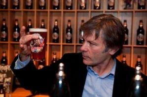 Bruce Dickinson. Cerveza Trooper 2013