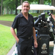Nicko McBrain, Golf