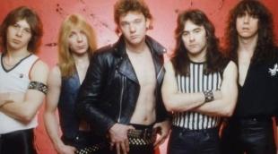 1980 - 07 Clive Burr (batería), Dave Murray (guitarra), Paul Di'Anno (voz), Steve Harris (bajo) y Dennis Stratton (guitarra)