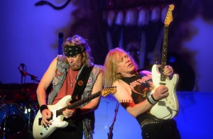 Adrian Smith y Janick Gers